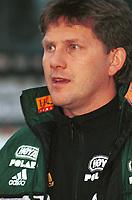 99052006: Moss-trener Knut Thorbjørn Eggen. Stabæk - Moss, 23. april 1999. (Foto: Peter Tubaas)