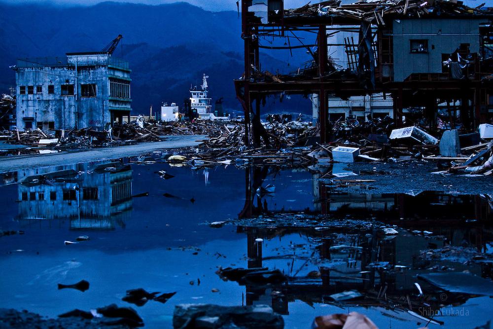 Devastation is seen in Ofunato, Iwate prefecture, March 21, 2011.Photo by Shiho Fukada