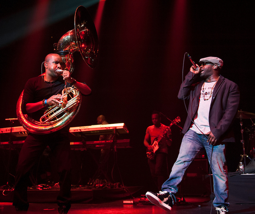 """Damon """"Tuba Gooding Jr."""" Bryson and MC Tariq """"Black Thought"""" Trotter of The Roots perform at Club Nokia June 29, 2013"""