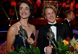 17-12-2013 ALGEMEEN: SPORTGALA NOC NSF 2013: AMSTERDAM<br /> In de Amsterdamse RAI vindt het traditionele NOC NSF Sportgala weer plaats.(L-R) Winnaars Marianne Vos en Epke Zonderland met hun trofeeen tijdens het NOC*NSF sportgala 2013<br /> ©2013-FotoHoogendoorn.nl