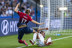 June 27, 2019 - Le Havre, França - LE HAVRE, SM - 27.06.2019: NORWAY VS ENGLAND - Kristine Minde of Norway and Nikita Parris of England during a match between England and Norway. World Cup Qualification Football. FIFA. Held at the Oceane Stadium in Le Havre, France  (Credit Image: © Richard Callis/Fotoarena via ZUMA Press)