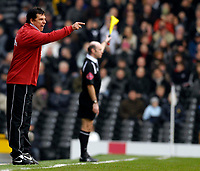 Photo: Alan Crowhurst.<br />Fulham v West Ham United. The Barclays Premiership. 23/12/2006. Fulham manager Chris Coleman shouts the orders.