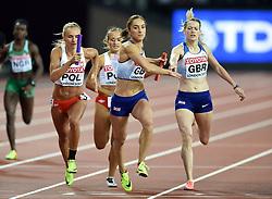 Eilidh Doyle of Great Britain hands the baton to team-mate Emily Diamond - Mandatory byline: Patrick Khachfe/JMP - 07966 386802 - 13/08/2017 - ATHLETICS - London Stadium - London, England - Women's 4x400m Metres Relay Final - IAAF World Championships