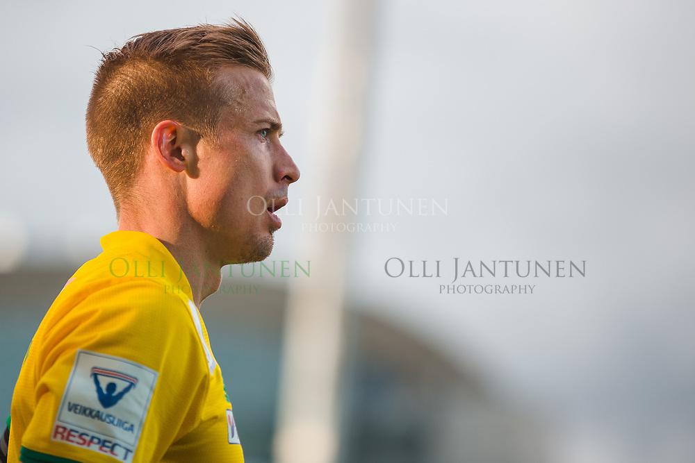 Ilveksen Antti Hynynen Veikkausliigan ottelussa HJK-Ilves. Töölön jalkapallostadion, Helsinki, Suomi. 11.5.2017.