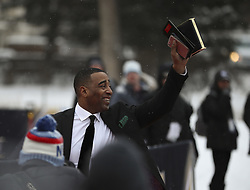February 3, 2018 - Minneapolis, MN, USA - Former Minnesota Vikings wide receiver Cris Carter waves to the fans as he arrives for the Red Carpet at the NFL Honors event in Minneapolis on Saturday, Feb. 3, 2018. (Credit Image: © Jeff Wheeler/TNS via ZUMA Wire)