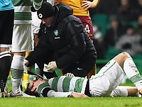 21/01/15 SCOTTISH PREMIERSHIP<br /> CELTIC v MOTHERWELL<br /> CELTIC PARK - GLASGOW<br /> Celtic's Stefan Johansen receives treatment after picking up a head knock
