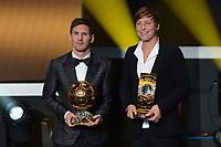Zuerich, 7.1.2013, FIFA Ballon d'Or 2012, Lionel Messi und Abby Wambach mit dem FIFA Ballon d`or  (Melanie Duchene/EQ Images)