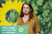 16 NOV 2019, BIELEFELD/GERMANY:<br /> Jamila Schaefer, B90/Gruene, haelt eine Rede, Bundesdelegiertenkonferenz Buendnis 90 / Die Gruenen, Stadthalle<br /> IMAGE: 20191116-01-134<br /> KEYWORDS: Parteitag, Bundesparteitag, Party congress, BDK; Die Grünen, Jamila Schäfer
