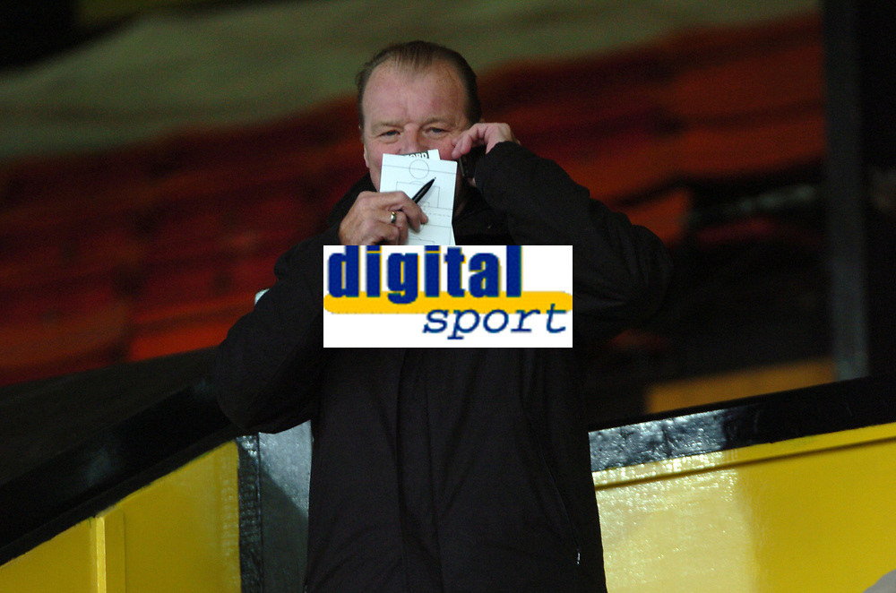 Photo: Tony Oudot/Sportsbeat Images.<br /> Watford v Colchester United. Coca Cola Championship. 10/11/2007.<br /> Leeds United assistant manager Dave Bassett in the crowd