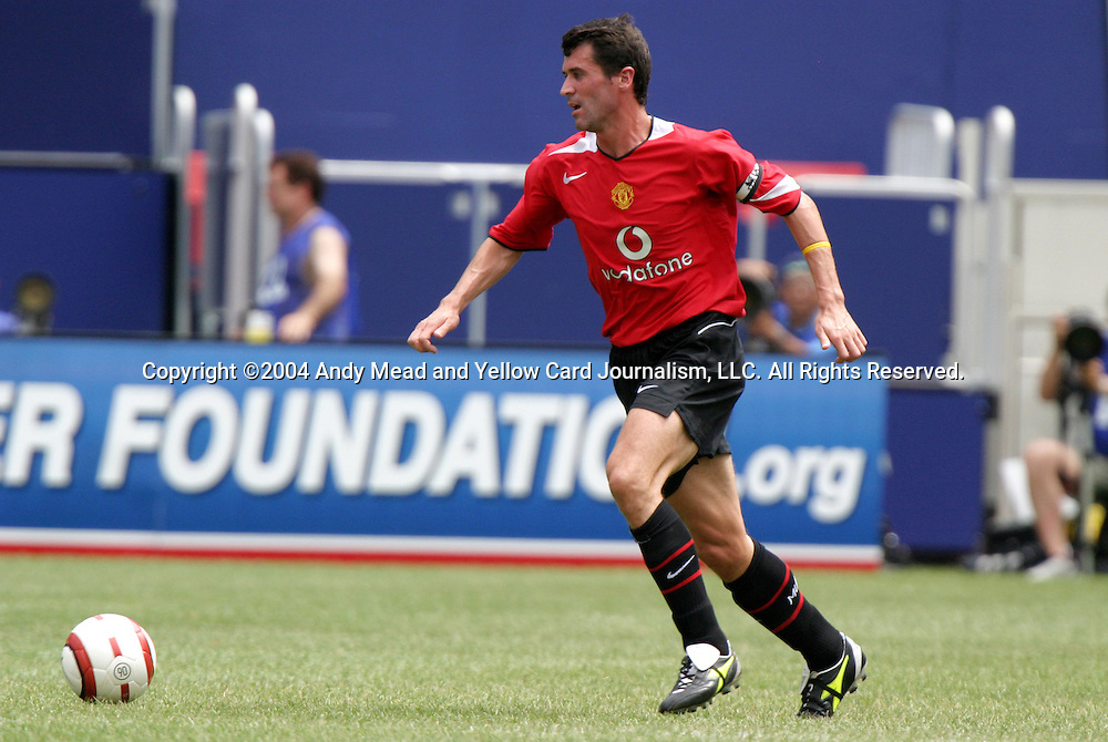 31 July 2004: Roy Keane during the second half. AC Milan of Italy's La Liga defeated Manchester United of the English Premier League 9-8 on penalties after the teams played to a 1-1 draw at Giants Stadium in the Meadowlands Complex in East Rutherford, NJ in a ChampionsWorld Series friendly match..