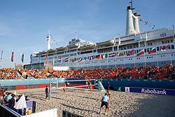 20180717 NED: CEV DELA Beach Volleyball European Championship day 3<br />Overview SS Rotterdam, Sanne Keizer (1), Madelein Meppelink (2) of The Netherlands<br />©2018-FotoHoogendoorn.nl