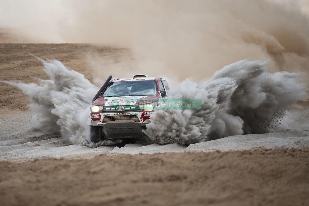 AREQUIPA, Jan. 11, 2019  Peruvian driver Luis Alayza and co-driver Ive Bromberg compete during the 4th stage of the 2019 Dakar Rally Race, near La Joya, Arequipa province, Peru, on Jan. 10, 2019. (Credit Image: © Xinhua via ZUMA Wire)
