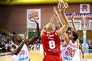 DESCRIZIONE : Varese Lega A 2013-14 Cimberio Varese vs Grissin Bon Reggio Emilia <br /> GIOCATORE : Brunner<br /> CATEGORIA : Palleggio<br /> SQUADRA : reggio Emilia<br /> EVENTO : Campionato Lega A 2013-2014<br /> GARA : Cimberio Varese Grissin Bon Reggio Emilia<br /> DATA : 13/10/2013<br /> SPORT : Pallacanestro <br /> AUTORE : Agenzia Ciamillo-Castoria/I.Mancini<br /> Galleria : Lega Basket A 2012-2013  <br /> Fotonotizia : Cimberio Varese  Lega A 2013-14 Cimberio Varese vs Grissin Bon Reggio Emilia<br /> Predefinita :