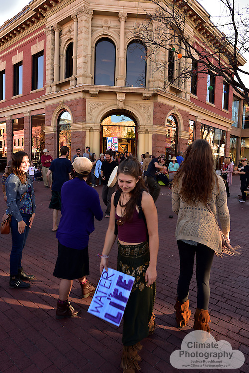 """11/15/2016, Boulder, Colorado, Pearl Street Mall County Courthouse and Wells Fargo Branch. These were two peaceful protests with music and speeches to rally people to say no to the Dakota Access pipeline (#NoDAPL). From www.nodaplsolidarity.org website: <br /> <br /> The """"Dakota Acces"""" Pipeline (DAPL) is a $3.8B, 1,100 mile fracked-oil pipeline currently under construction from the Bakken shale fields of North Dakota to Peoria, Illinois. DAPL is slated to cross Lakota Treaty Territory at the Standing Rock Sioux Reservation where it would be laid underneath the Missouri River, the longest river on the continent."""