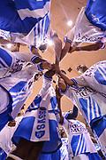 DESCRIZIONE : Campionato 2014/15 Serie A Beko Grissin Bon Reggio Emilia - Dinamo Banco di Sardegna Sassari Finale Playoff Gara7 Scudetto<br /> GIOCATORE : Team Dinamo Sassari<br /> CATEGORIA : Fair Play Before Pregame<br /> SQUADRA : Dinamo Banco di Sardegna Sassari<br /> EVENTO : LegaBasket Serie A Beko 2014/2015<br /> GARA : Grissin Bon Reggio Emilia - Dinamo Banco di Sardegna Sassari Finale Playoff Gara7 Scudetto<br /> DATA : 26/06/2015<br /> SPORT : Pallacanestro <br /> AUTORE : Agenzia Ciamillo-Castoria/L.Canu