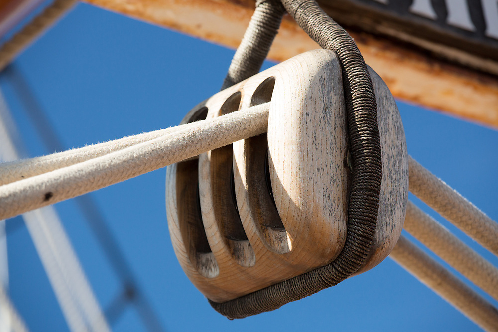 United States, Washington, Kirkland, pulley on tall ship
