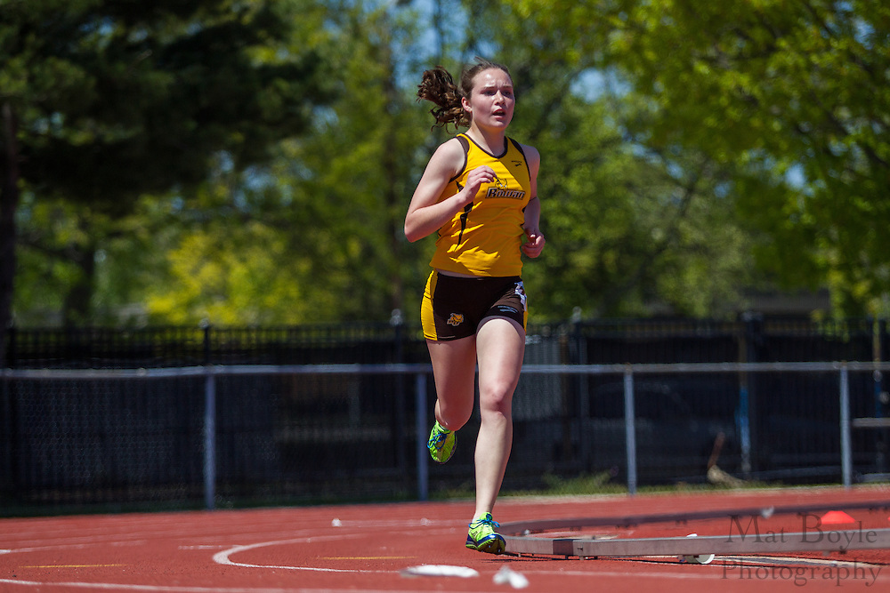 Rowan University's Megan Borz Mendez competes in the women's 5000 meter at the NJAC Track and Field Championships at Richard Wacker Stadium on the campus of  Rowan University  in Glassboro, NJ on Sunday May 5, 2013. (photo / Mat Boyle)