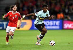 Michy Batshuayi of Belgium Belgium Joe Allen of Wales  - Mandatory by-line: Joe Meredith/JMP - 01/07/2016 - FOOTBALL - Stade Pierre Mauroy - Lille, France - Wales v Belgium - UEFA European Championship quarter final