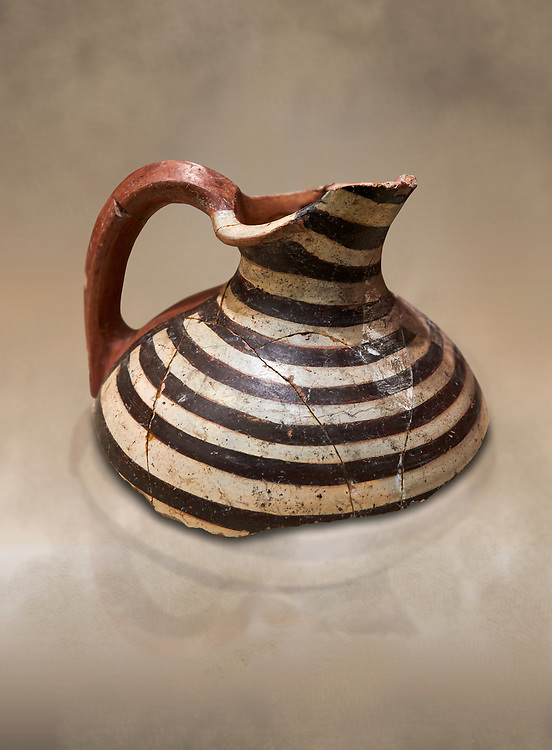 Phrygian terracotta jug fragment decorated with concentric line pattern . 8th-7th century BC . Çorum Archaeological Museum, Corum, Turkey .<br /> <br /> If you prefer to buy from our ALAMY PHOTO LIBRARY  Collection visit : https://www.alamy.com/portfolio/paul-williams-funkystock/phrygian-antiquities.html (TIP - Refine search by adding a suject or background colour as well).<br /> <br /> Visit our CLASSICAL WORLD HISTORIC SITES PHOTO COLLECTIONS for more photos to download or buy as wall art prints https://funkystock.photoshelter.com/gallery-collection/Classical-Era-Historic-Sites-Archaeological-Sites-Pictures-Images/C0000g4bSGiDL9rw