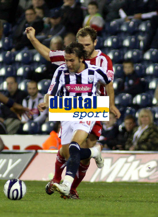 Photo: Mark Stephenson.<br /> West Bromwich Albion v Stoke City. Coca Cola Championship. 03/10/2007.West Brom's Filipe Texeira on the ball