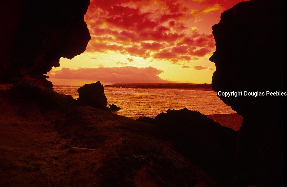 Sunrise, Mo'omomi, Molokai<br />