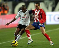 Fotball<br /> Spania 2005/2006<br /> Foto: Miguelez/Digitalsport<br /> NORWAY ONLY<br /> <br /> Atletico Madrid v Valencia<br /> <br /> Fabio Aurelio - Petrov