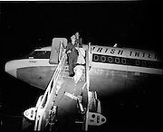 05/01/1972.01/05/1972.05 January 1972.Troops return from Cyprus to Dublin.
