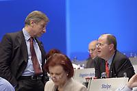 18 NOV 2003, BOCHUM/GERMANY:<br /> Wolfgang Clement (L), SPD, Bundeswirtschaftsminister, und Peer Steinbrueck (R), SPD, Ministerpraesident Nordrhein-Westfalen, im Gepraech, SPD Bundesparteitag, Ruhr-Congress-Zentrum<br /> IMAGE: 20031119-01-047<br /> KEYWORDS: Parteitag, party congress, SPD-Bundesparteitag, Gespräch, Peer Steinbrück