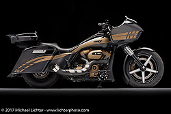 """""""SRT"""", Paul Yaffe's Road King bagger built by Bagger Nation of Phoenix, AZ. Photographed by Michael Lichter during the Easyriders Bike Show in Columbus, OH on February 10, 2017. ©2017 Michael Lichter."""
