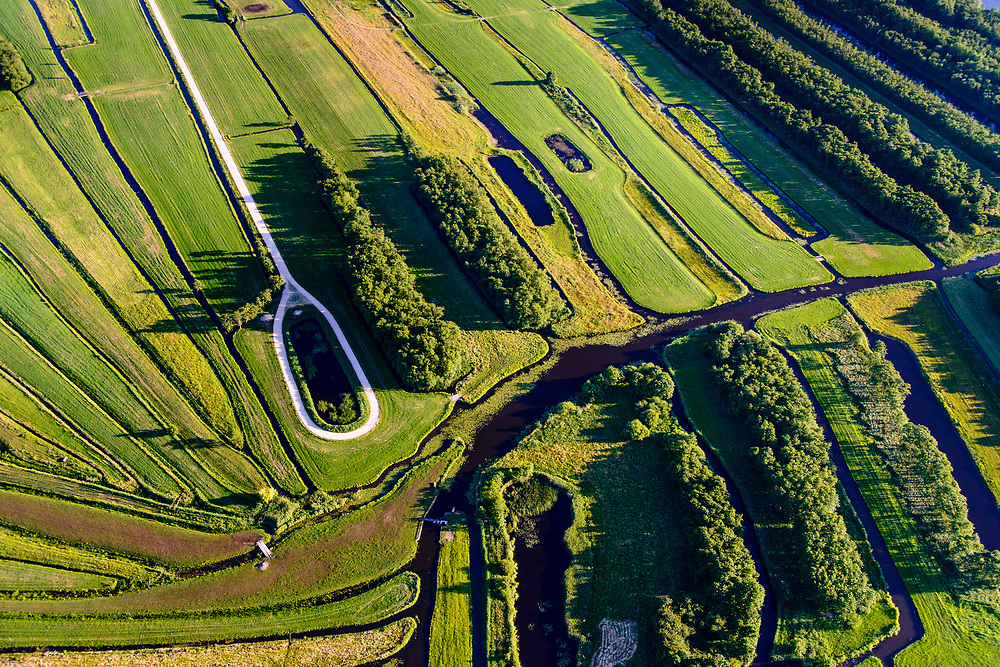 Nederland, Noord-Holland, gemeente Wijdemeren - Hilversum, 13-06-2017; De Ster, samenkomen van de veenriviertjes Drecht en Pampus.<br /> The Star (star shape land) where peat rivers meet in central Netherlands. <br /> <br /> luchtfoto (toeslag op standard tarieven);<br /> aerial photo (additional fee required);<br /> copyright foto/photo Siebe Swart