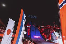 25.02.2021, Oberstdorf, GER, FIS Weltmeisterschaften Ski Nordisch, Oberstdorf 2021, Damen, Skisprung, HS106, Siegerehrung, im Bild Übersicht der Lasershow bei der Skisprung Arena // Overview of the laser show at the Ski Jumping Arena during the winner ceremony for the women ski Jumping HS106 Competition of FIS Nordic Ski World Championships 2021. Oberstdorf, Germany on 2021/02/25. EXPA Pictures © 2021, PhotoCredit: EXPA/ Dominik Angerer