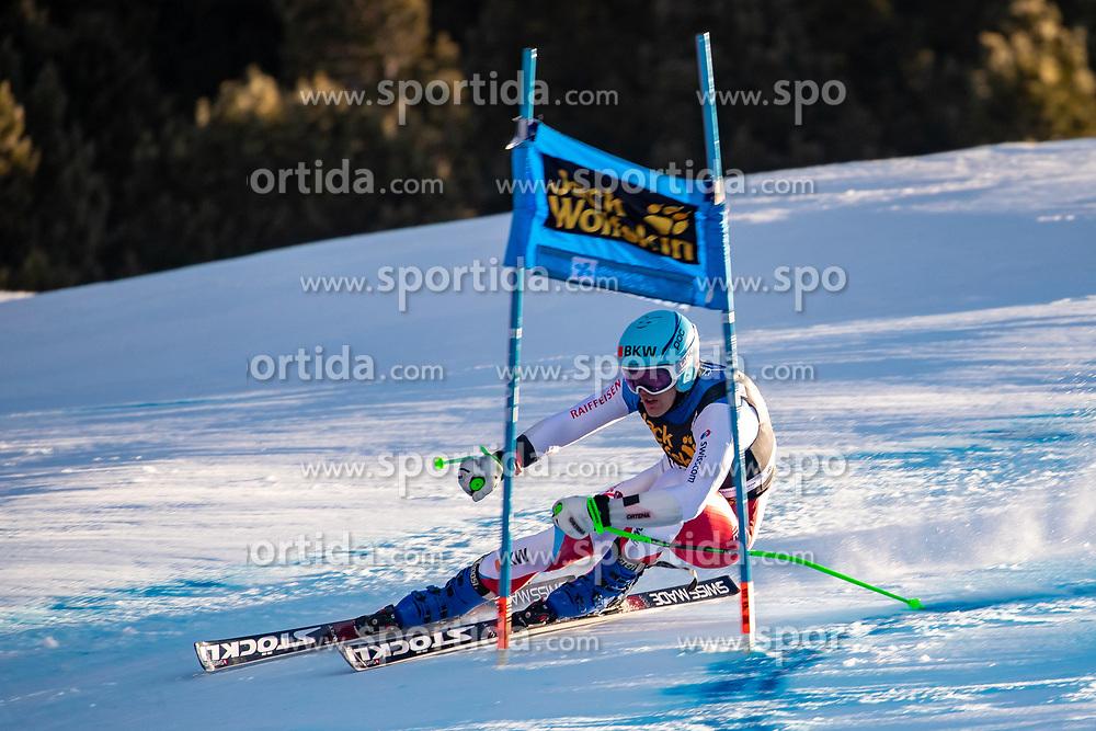 29.12.2018, Stelvio, Bormio, ITA, FIS Weltcup Ski Alpin, SuperG, Herren, im Bild Stefan Rogentin (SUI) // Stefan Rogentin of Switzerland in action during his run in the men's Super-G of FIS ski alpine world cup at the Stelvio in Bormio, Italy on 2018/12/29. EXPA Pictures © 2019, PhotoCredit: EXPA/ Johann Groder