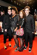 Premiere van de film Sonny Boy op maandag 17 januari in het Circus Theater in Scheveningen.<br /> <br /> Op de foto: Spangas