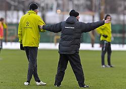 09.12.2010, Trainingsgelaende Werder Bremen, Bremen, GER, 1. FBL, Training Werder Bremen, im Bild Clemens Fritz (Bremen #8, links), Thomas Schaaf (Trainer Werder Bremen, rechts)   EXPA Pictures © 2010, PhotoCredit: EXPA/ nph/  Frisch       ****** out ouf GER ******