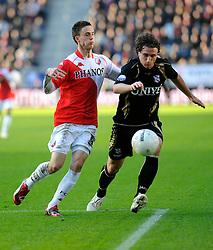 08-11-2009 VOETBAL: FC UTRECHT - HEERENVEEN: UTRECHT<br /> Utrecht verliest met 3-2 van Heerenveen / Daryl Janmaat en Ricky van Wolfswinkel<br /> ©2009-WWW.FOTOHOOGENDOORN.NL