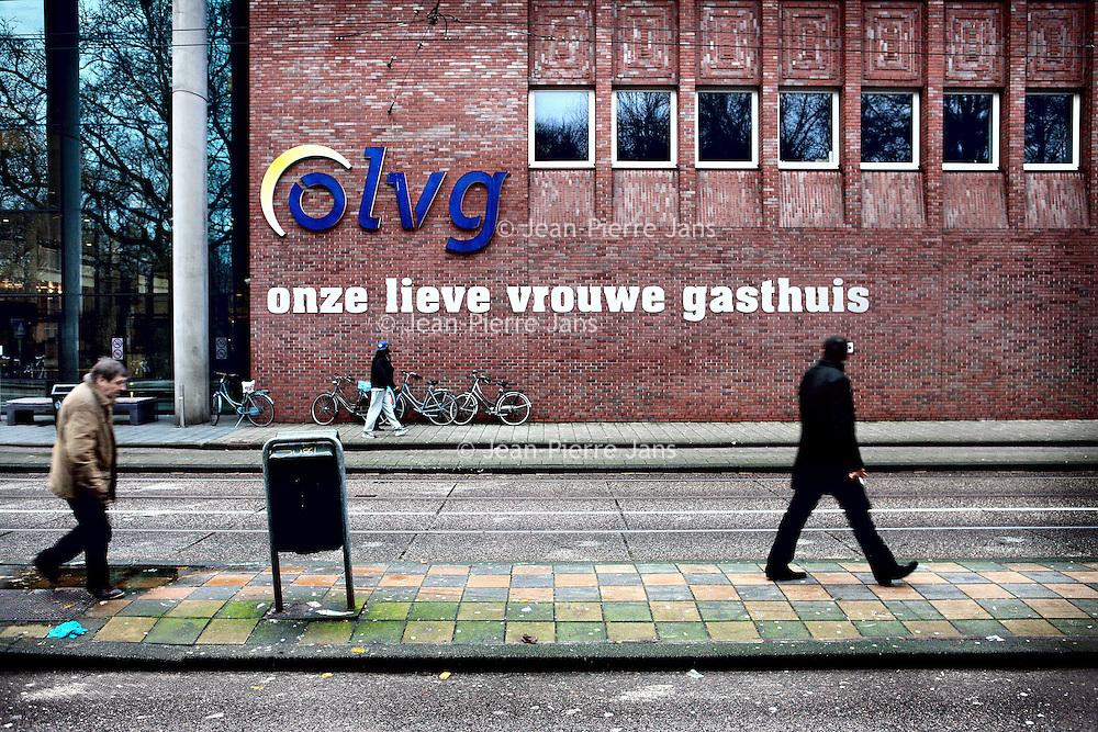 Nederland, Amsterdam , 23 december 2012..De gevel van het OLVG ziekenhuis in Amsterdam..Foto:Jean-Pierre Jans