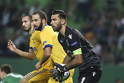 October 31, 2017 - Lisbon, Portugal - Sporting's goalkeeper Rui Patricio (R) vies with Juventus's forward Gonzalo Higuain during the Champions League  football match between Sporting CP and Juventus FC at Jose Alvalade  Stadium in Lisbon on October 31, 2017. (Credit Image: © Carlos Costa/NurPhoto via ZUMA Press)