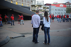 South Africa - Johannesburg, Emirates Airlines Park. 24/08/18  Currie Cup. Lions vs Griquas.<br /> Two rugby fans watch the Lions team arrive. Picture: Karen Sandison/African News Agency(ANA)