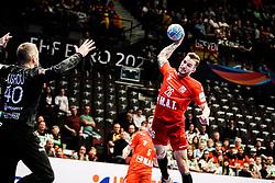 18.01.2020, Wiener Stadthalle, Wien, AUT, EHF Euro 2020, Weißrussland vs Tschechische Republik, Hauptrunde, Gruppe I, im Bild v. l. Aliaksei Kishou (BLR), Marek Vanco (CZE) // f. l. Aliaksei Kishou (BLR) Marek Vanco (CZE) during the EHF 2020 European Handball Championship, main round group I match between Belarus and Czech Republic at the Wiener Stadthalle in Wien, Austria on 2020/01/18. EXPA Pictures © 2020, PhotoCredit: EXPA/ Florian Schroetter