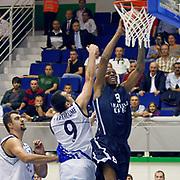 Anadolu Efes's Terence KINSEY (R) during their Turkey Cup Qualifying basketball first match Anadolu Efes between Turk Telekom at Aliaga Arena in Izmir, Turkey, Sunday, October 9, 2011. Photo by TURKPIX