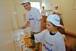 Dia Global na Comunidade - uma iniciativa global que mobiliza cerca de 300 mil funcionários, em cem países, para um dia de trabalho voluntário em prol da comunidade, promovido pelo Citigroup. FOTO: Jefferson Bernardes/Preview.com