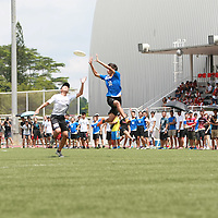 NP (blue) beat SP 12-10 in this game and finished the POL-ITE Ultimate Championship with a 2-3 win-loss record. (Photo © Les Tan/Red Sports)