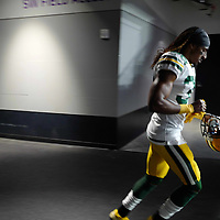 MINNEAPOLIS, MN - NOVEMBER 25: Tramon Williams #38 of the Green Bay Packers runs out of the tunnel before the game against the Minnesota Vikings at U.S. Bank Stadium on November 25, 2018 in Minneapolis, Minnesota. (Photo by Adam Bettcher/Getty Images) *** Local Caption *** Tramon Williams