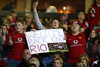 Manchester United v Liverpool Premier League 20/09/04 2-1<br />Fans welcome back RIO FERDINAND (Manchester United) from suspension<br />Photo Martyn Harrison / Fotosports International