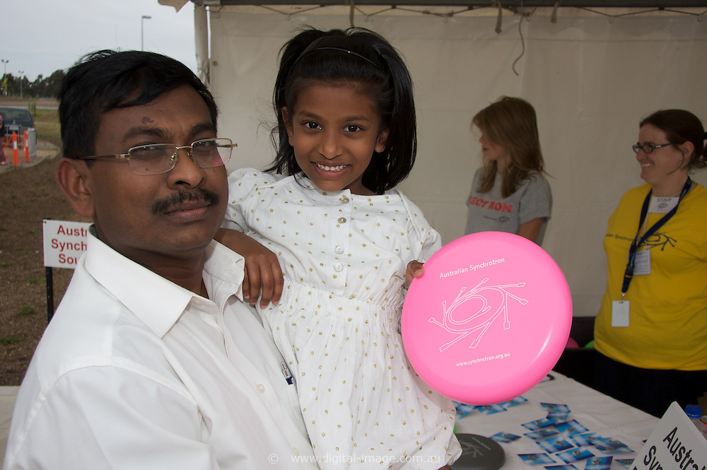 Australian Synchrotron Open Day 2008, Ashok and Sharon Rajulu, Ashok is a lecturer in Physics from India.