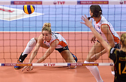 04-01-2016 TUR: European Olympic Qualification Tournament Nederland - Duitsland, Ankara <br /> De Nederlandse volleybalvrouwen hebben de eerste wedstrijd van het olympisch kwalificatietoernooi in Ankara niet kunnen winnen. Duitsland was met 3-2 te sterk (28-26, 22-25, 22-25, 25-20, 11-15) / Maret Balkestein-Grothues #6
