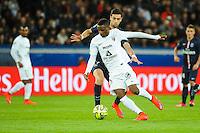 Javier PASTORE / Bouna SARR - 28.04.2015 - Paris Saint Germain / Metz - Match en retard - 32eme journee Ligue 1<br />Photo : Nolwenn Le Gouic / Icon Sport