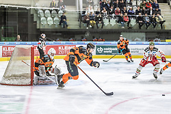 10.03.2019, Merkur Eisstadion, Graz, AUT, EBEL, Moser Medical Graz 99ers vs HCB Suedtirol Alperia, Platzierungsrunde, 54. Runde, im Bild v.l.: Simon Roenninger (Moser Medical Graz 99ers), Amadeus Benito Egger (Moser Medical Graz 99ers) // during the Erste Bank Eishockey League 54th round match between Moser Medical Graz 99ers and HCB Suedtirol Alperia at the Merkur Eisstadion in Graz, Austria on 2019/03/10. EXPA Pictures © 2019, PhotoCredit: EXPA/ Dominik Angerer