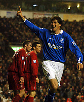 Fotball<br /> Premier League 2004/2005<br /> Foto: BPI/Digitalsport<br /> NORWAY ONLY<br /> <br /> 06/11/2004 Liverpool v Birmingham City<br /> <br /> Darren Anderton celebrates his winning goal as Jamie Carragher and Steve Finnan look stunned in the background