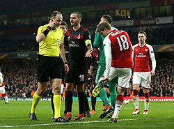 Leonardo Bonucci of AC Milan argues with the referee after a penalty is awarded against his side - Mandatory by-line: Robbie Stephenson/JMP - 15/03/2018 - FOOTBALL - Emirates Stadium - London, England - Arsenal v AC Milan - UEFA Europa League Round of 16, Second leg